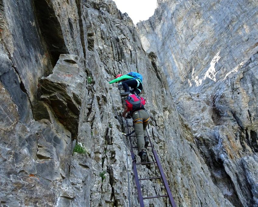 Klettersteig Eiger : Gipfelbuch verhältnisse rotstock eiger
