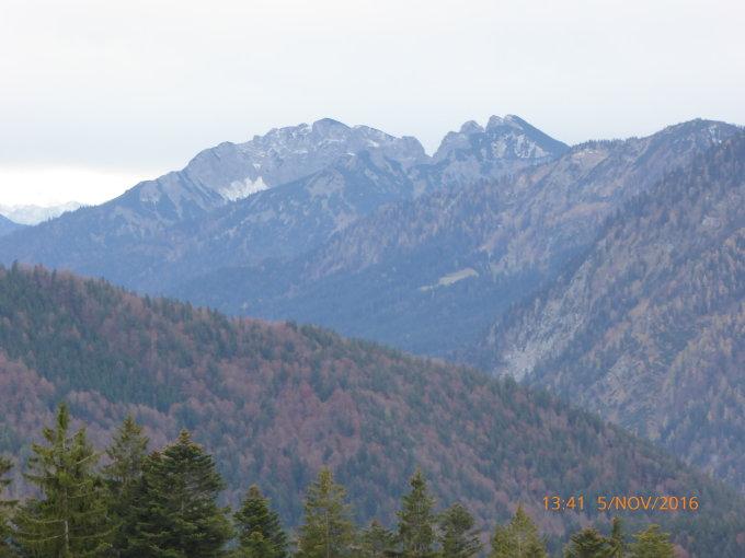 ... Neureuth, 1264 m.ü.M. - Alpine Wanderung - von Tegernsee - 08.11.2016