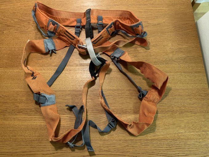Black Diamond Klettergurt : Test couloir harness hüftgurt von black diamond bergwelten